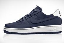 Sneakers / by Harald Hilbelink