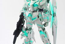 G u n p l a / gundam plastic model creations around the universe. some sort old hobby of mine.