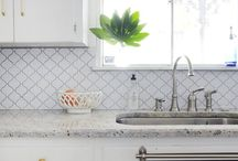 Home Decor & DIY / Home decor inspiration, plus tips for home decor brands on Instagram and Pinterest.