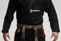 Gameness Black Pearl Gi / The Gameness Pearl Gi defines the new look of Gameness:  simple and clean.  The quality construction can be seen throughout the Gi with reinforcements in all the right places, making this a gi that will stand up to intense training for years.  All Gis are not created equal, and you can feel the premium cotton used as soon as you put on the Pearl Gi.  Comfortable and long-lasting, this gi has the right combination of style, functionality, and durability.
