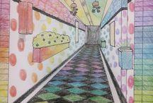 """MÉDICOS DE LA ARQUITECTURA / El alumnado se convierte en """"médico de la arquitectura"""", a la manera Hundertwasser, para transformar el Instituto. Los de 1 ESO trabajan el tema del color, la textura gráfica y la perspectiva cónica en sus diseños y los de segundo proponen intervenciones en diferentes espacios del centro de las que se seleccionan ideas para llevar a cabo."""