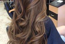 Καστανά μαλλιά
