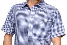 Trachten Hemden karo / Die Trachtenhemden mit Vichy-Karo sind ein Klassiker der Herren-Trachtenmode, nicht nur geeignet für das Bierzelt auf der Wies'n, sondern auch für das alltägliche Outfit. Dank verschiedenster Farben und Ausführungen ist gewiss für jeden Geschmack etwas dabei.
