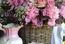Fantastic Florals / by Claudia Tyler