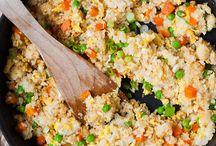 Der Reis ist Heiß / Ich liebe Reis. Reis geht schnell. Reis ist lecker. Hier sammle ich schnelle Reisrezepte oder Rezeptideen für leckere Kombinationen aus Reis und Soßen