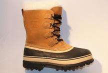 Sorel / Sorel snowboots is een merk dat van origine is gespecialiseerd in functioneel outdoor schoeisel voor mannen, vrouwen en kids. Sorel schoenen en boots gaan voor de zeer goede functionaliteit en het comfort, daarna pas voor de 'looks'. Toch zit het met die Sorel 'looks' ook zeker wel goed! Sorel laarzen schoenen en snowboots hebben zo'n leuke en zeer authentieke uitstraling dat het label is opgepikt door vele celebrities, onder andere Brad Pitt staat ermee op de foto.