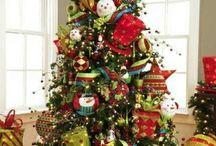 Christmas tree  / by Caroline Riachi
