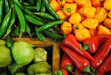 ILovePeppers! / Ciruli Bros knows all about peppers.  We ship green, red, orange, and yellow bell peppers, including a few varieties of hot chillies as well!