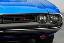 Cars / Nice toys