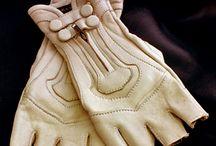 JM: leather gloves