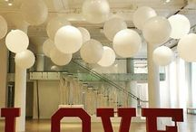 Wedding Balloon Decor / Weddings are beautiful and every bride and groom wants it to look perfect and have something memorable.  What could me more memorable and fun than balloon decor?  You can go classy and elegant or fun and festive!  Want more? Visit www.balloonsbytommy.com