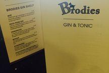 Brodies Gin Shelf / Gin!