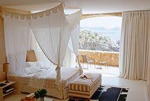 Bedrooms / by Rachel Fenwick