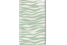Beautiful Phone Cases / The latest addition to the Nina Campbell brand are a selection of beautiful eye-catching phone covers. The hard plastic cases are available in a wide selection of Nina Campbell fabric and wallpaper designs from old favourites such as Perroquet and Birdcage Walk to brand new Boxgrove and Fairfield. Cases are available for iPhone 3g & 3gs, iPhone 4 & 4s, iPhone 5, iPod touch 4th Gen, Samsung Galaxy S, Samsung Galaxy S2 and Samsung Galaxy S3