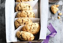 Healthy Biscuit & Cookie Recipes / Who said biscuits have to be so bad? Take a look at our favourite guilt-free recipes!