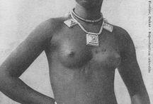 Edmond FORTIER, cartes postales. / Edmond Fortier a pris des photos en Afrique francophone au début du 20ème siècle. Il en a édité des cartes postales.