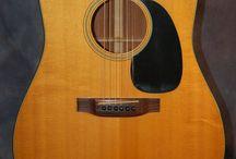 Martin Guitars / 1976 Martin D 18 with original case.   You will love it