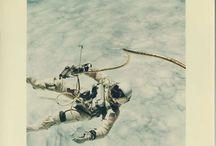 NASA Vintage Memory / De Mercury à Apollo, en passant par Gemini, sélection des meilleures photos souvenir prises par les astronautes photographes de la NASA, parmi lesquels James McDivitt et Neil Armstrong...
