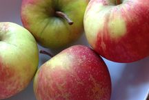 Juicy apples / Fresh in today juicy apples, ready to make our Apple and sultana cakes, with no added sugar, a great healthy snack for your little ones to try