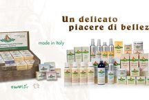 Cosmesi naturale a base di olio di canapa / Linea completa certificata di cosmesi naturale e di saponi artigianali a base di olio di canapa. Made in Italy.