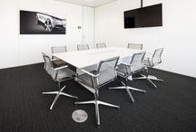 Proyecto Volskwagen-Audi / Nuevo proyecto de equipamiento de las nuevas oficinas de Volkswagen-Audi en la emblemática Torre de Cristal en Madrid. Las soluciones para puestos operativos, despachos, salas de reuniones, zona de espera y recepción, se han realizado con las firmas ICF,  FANTONI,  DIEFFEBI y EXTREMIS.  Más info en: http://bit.ly/1tZ5evm