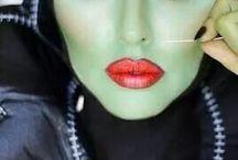 creative makeup / by Roxann McFarlane