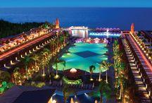 Cratos Premium / Konforun ve ihtişamın adresi Cratos Premium Hotel; kendinizi özel hissettiriyor.. :) bit.ly/cratos-premium-hotel-f