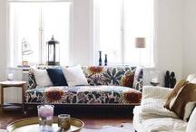 Sofa / by miri pedersen