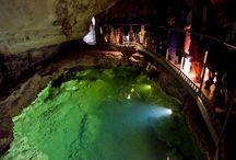Эмине-баир-хосар, пещера