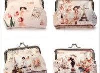 Coin Purses & Holders