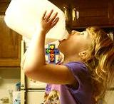 Milk and Aggression / everything about food intolerance and behavior in children