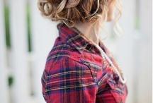 beach wedding hair / by Kymberley Stewart