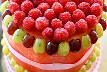 100% fruit cakes
