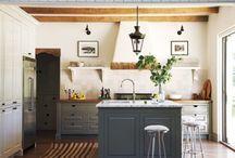 Kitchens / by Elaine Rasher