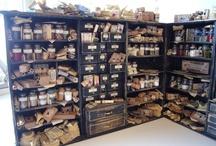 miniatur schränke und schattenboxen