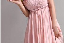 Bridesmaid Dresses & Hair / Ideas for bridesmaids dresses