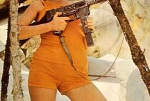 Vintage / Vintage Girls with Guns