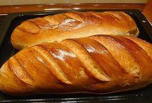 kenyér sütés otthon.