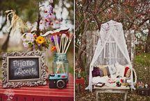 Photobooth Ideas / by Carolyn V