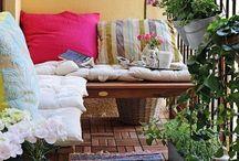 Terasa, balconul sau gradina / Idei de amenajari exterioare, fie ca locuim la bloc sau casa.