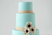 < cakes >