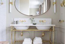 Classic style bathrooms