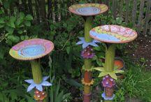 Home and garden    ( yard art )