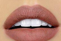 •Lips•