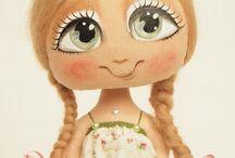 Muñecas pintadas