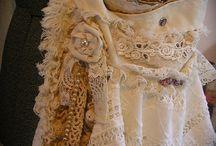 purses vintage/lace