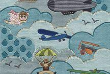 Airplanes! / by Stephenie Whittington