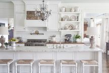 Kitchens / by Colleen Ursenbach