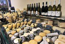 la France .ces fromages les vins .