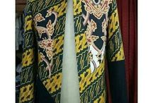 beskap dan kemeja batik kombinasi